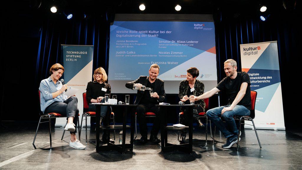 Podiumsdiskussion auf der 2. kulturBdigital Konferenz