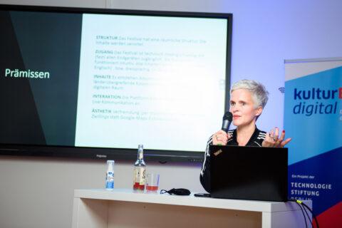 Von digitalen 'Zwillingen' & virtuellen Eigenwegen: digitaler Kulturbetrieb in Corona-Zeiten