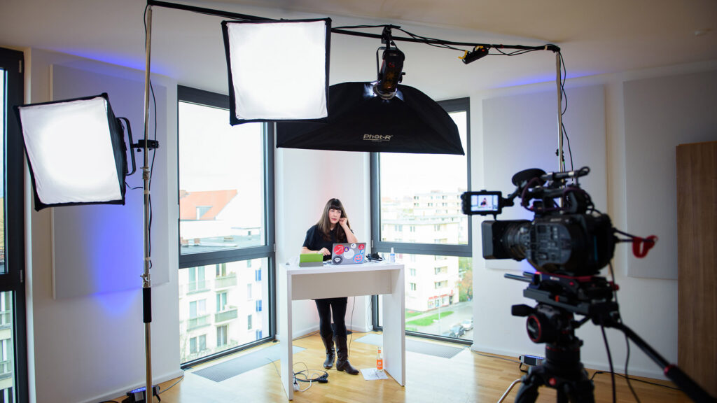 Moderatorin Maj-Britt Jungjohann auf der kulturBdigital-Konferenz